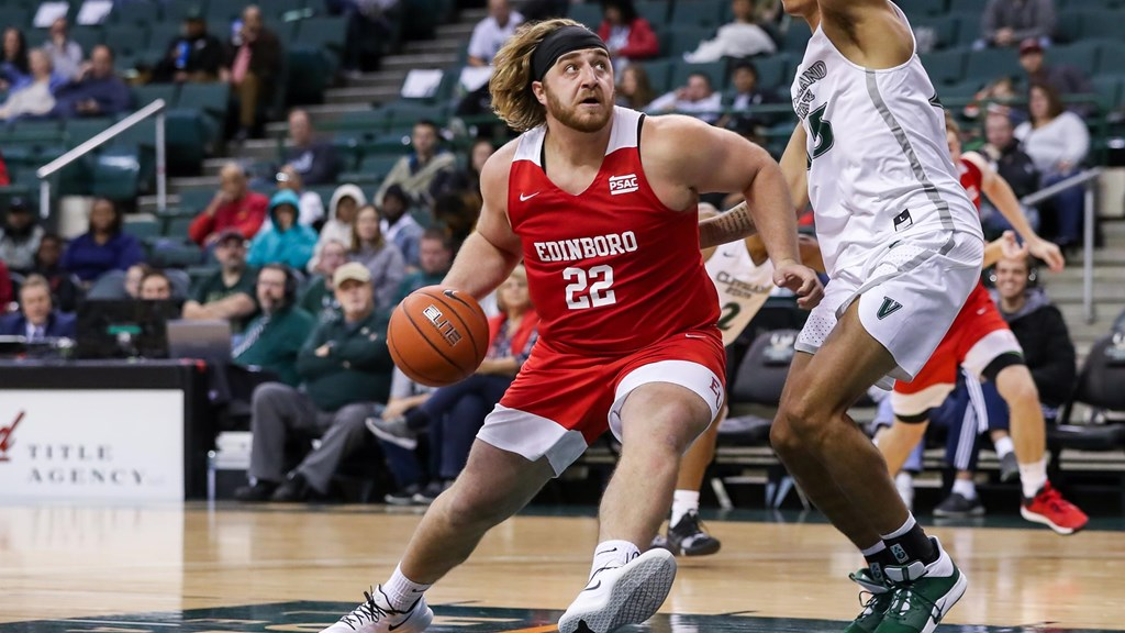 Cleveland Basketball Team >> Three Score In Double Figures As Edinboro Falls At Cleveland